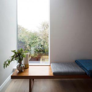 چگونه نور گیاه خانگی را تنظیم کنیم؟ glass house foreign near studio architecture residential dublin ireland dezeen sq 1 300x300